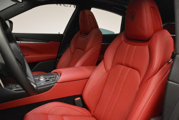 Used 2017 Maserati Levante Ex Service Loaner for sale Sold at Maserati of Westport in Westport CT 06880 15