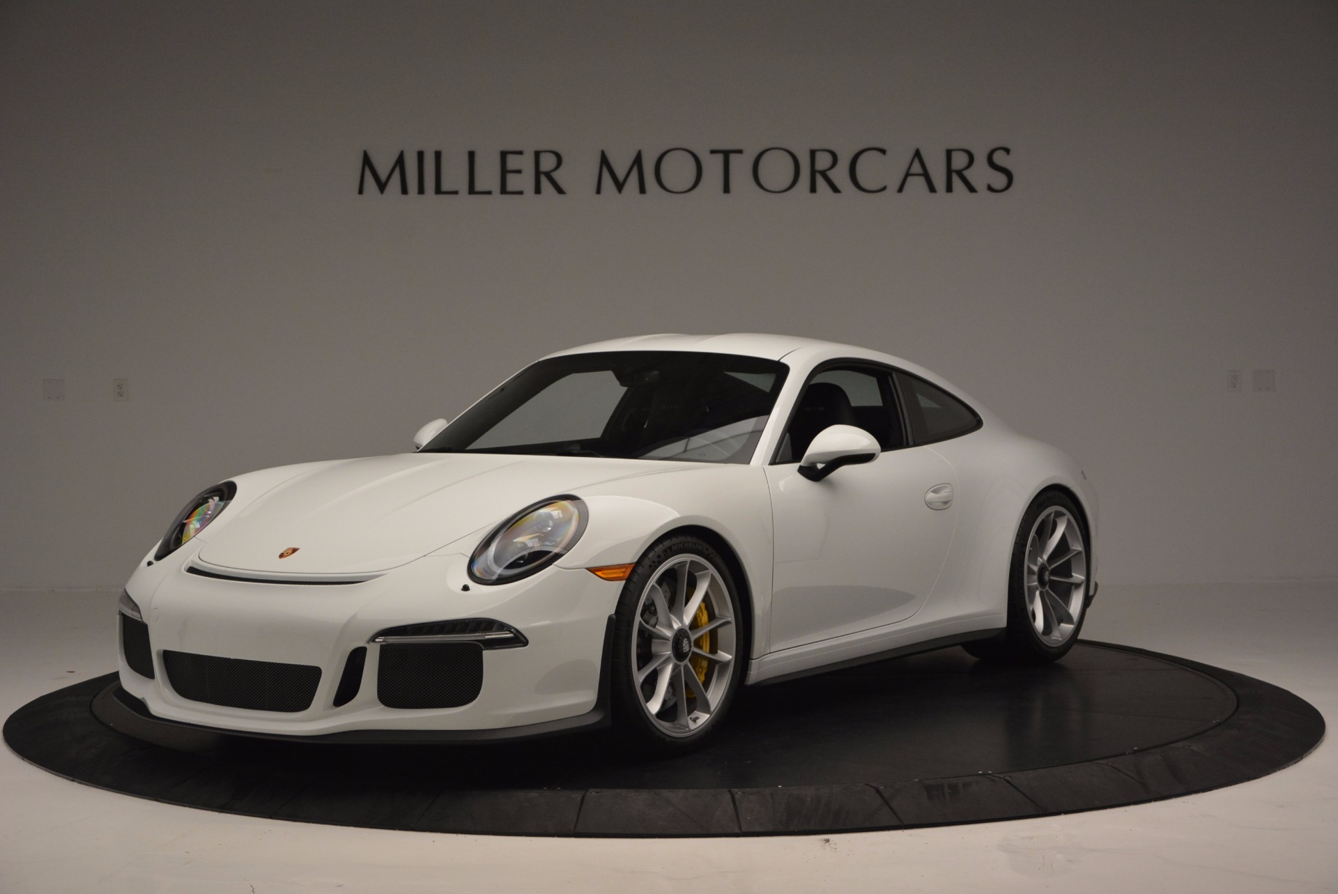 Used 2016 Porsche 911 R for sale Sold at Maserati of Westport in Westport CT 06880 1