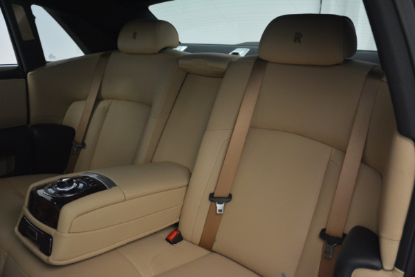 Used 2011 Rolls-Royce Ghost for sale Sold at Maserati of Westport in Westport CT 06880 22