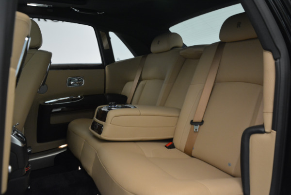 Used 2011 Rolls-Royce Ghost for sale Sold at Maserati of Westport in Westport CT 06880 23