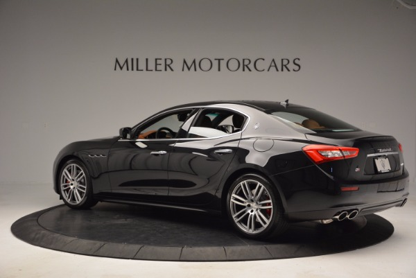 Used 2017 Maserati Ghibli S Q4 for sale Sold at Maserati of Westport in Westport CT 06880 4