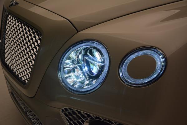 Used 2017 Bentley Bentayga for sale Sold at Maserati of Westport in Westport CT 06880 12