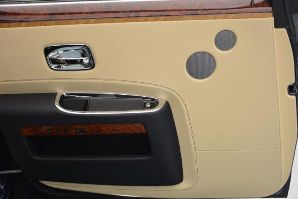 Used 2016 Rolls-Royce Ghost EWB for sale Sold at Maserati of Westport in Westport CT 06880 25