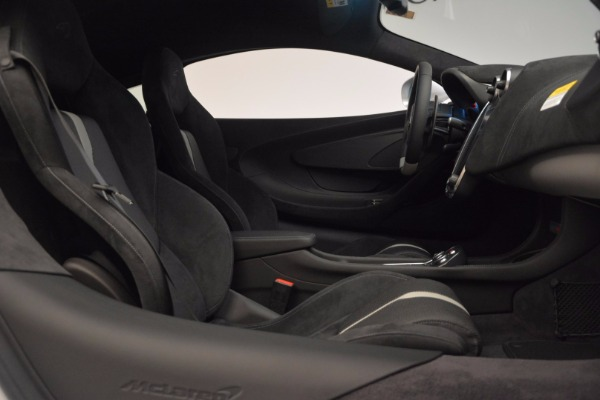 Used 2017 McLaren 570S Coupe for sale $149,900 at Maserati of Westport in Westport CT 06880 19