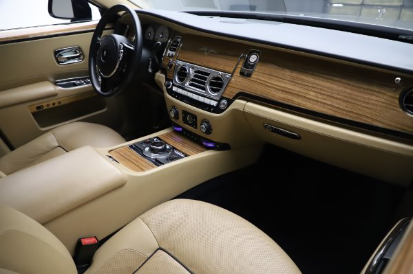 Used 2014 Rolls-Royce Ghost V-Spec for sale Sold at Maserati of Westport in Westport CT 06880 12