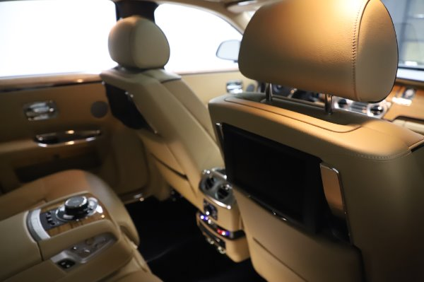 Used 2014 Rolls-Royce Ghost V-Spec for sale Sold at Maserati of Westport in Westport CT 06880 16