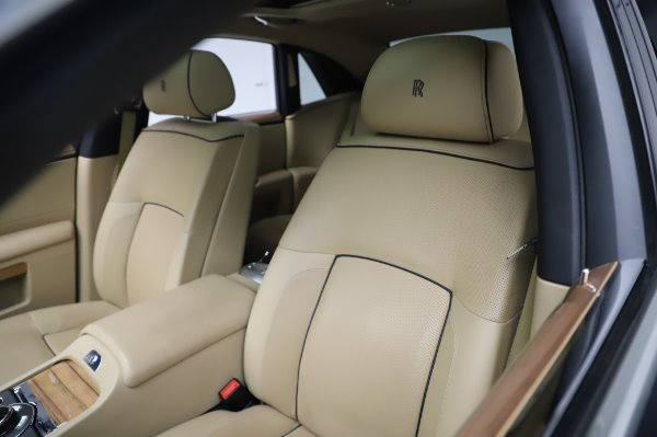 Used 2014 Rolls-Royce Ghost V-Spec for sale Sold at Maserati of Westport in Westport CT 06880 9