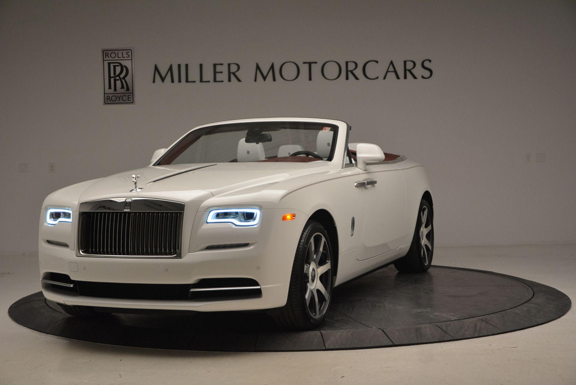 New 2017 Rolls-Royce Dawn for sale Sold at Maserati of Westport in Westport CT 06880 1