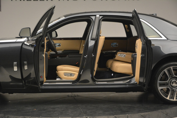 Used 2017 Rolls-Royce Ghost for sale Sold at Maserati of Westport in Westport CT 06880 15